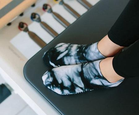 Tie Dye Non-Slip Grip Socks Classic Low Rise