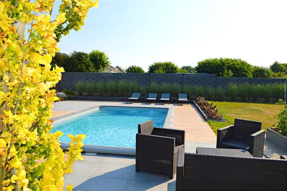 piscine-maison-qualite-paysage_edited.jp