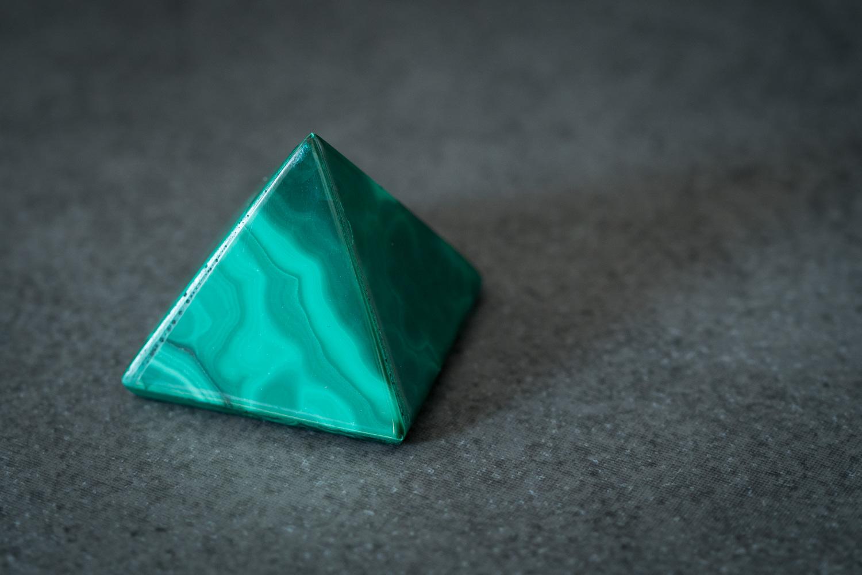 pyramide malachite
