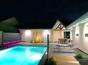 piscine-maison-qualite-paysage-1_edited.
