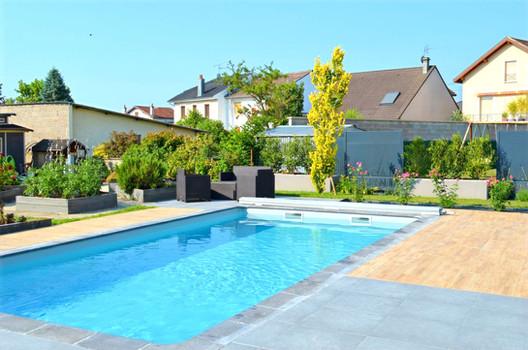 piscine-brise-vue-qualite-paysage_edited
