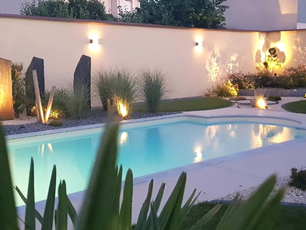 piscine-nuit-qualite-paysage_edited.jpg