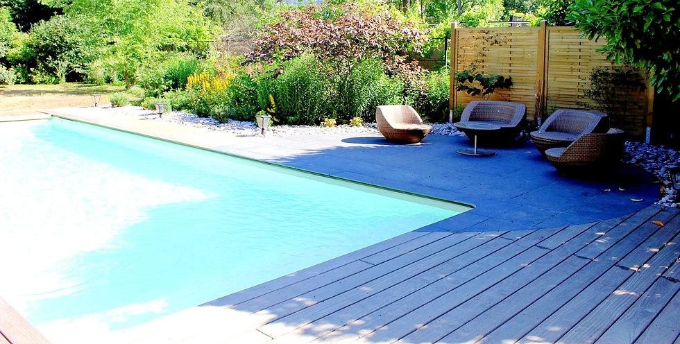 piscine-maison-qualite-paysage-3_edited.