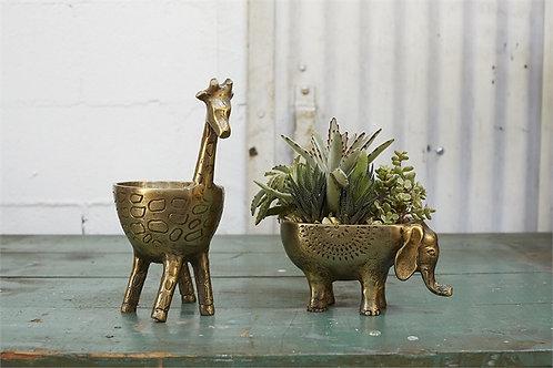 Gia Giraffe Planter