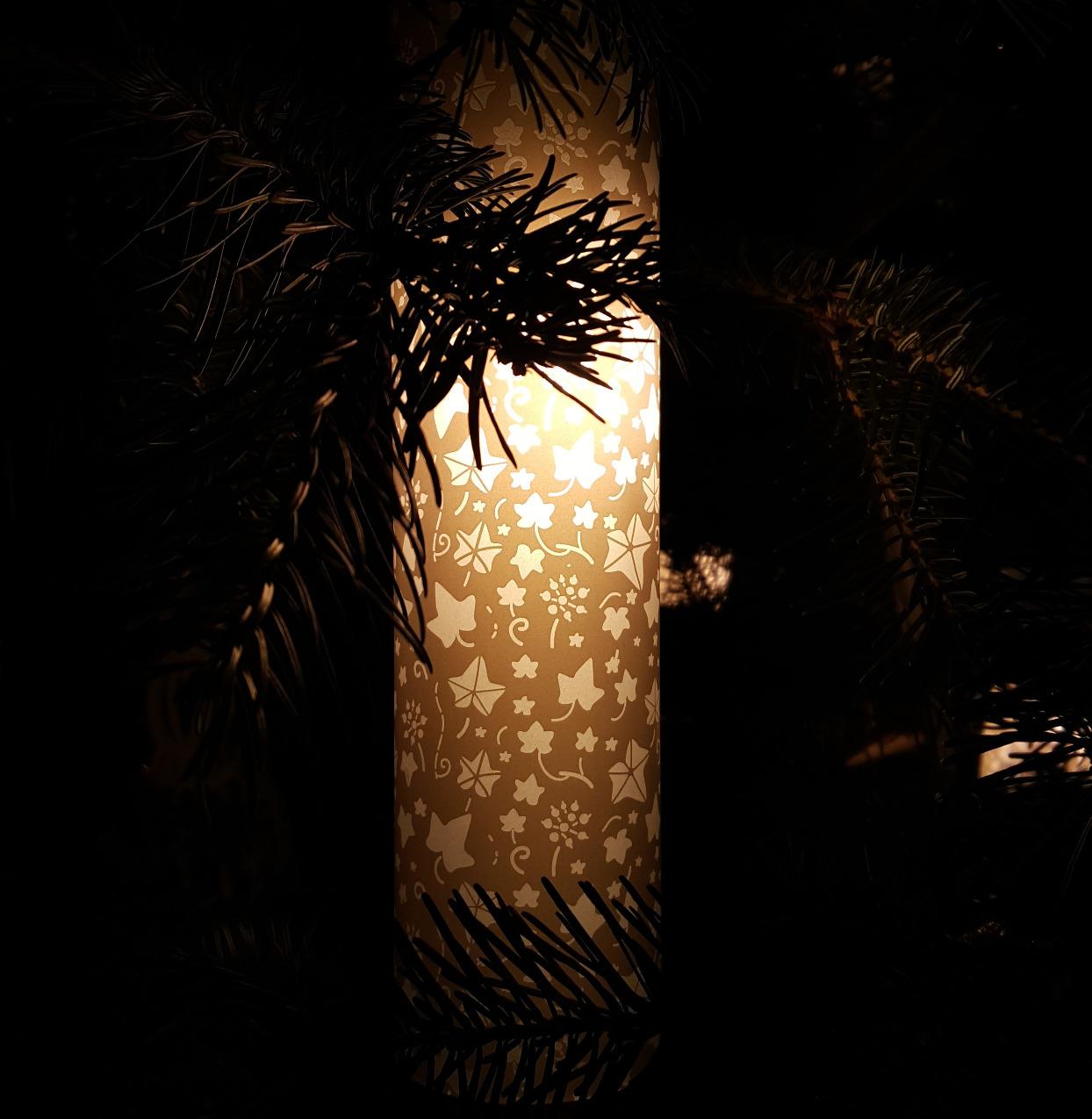 Tree lantern detail 3_edited