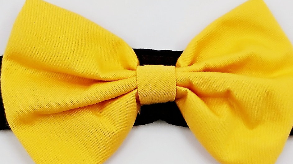 Yellow bowtie (add on to collar)