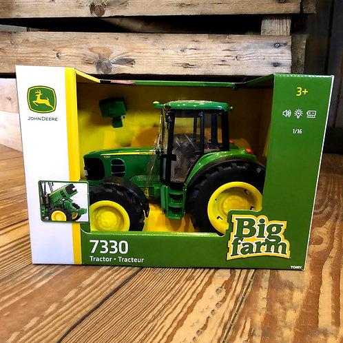 John Deere 1:16 Scale 7330 Tractor