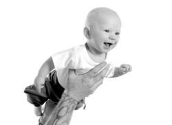Flygande bebis.jpg