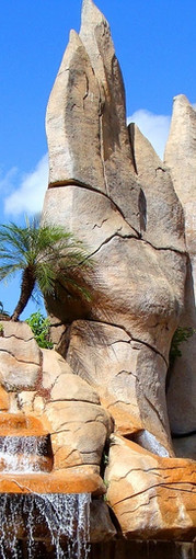 Monumento das Águas, DiRoma - Caldas Novas - GO