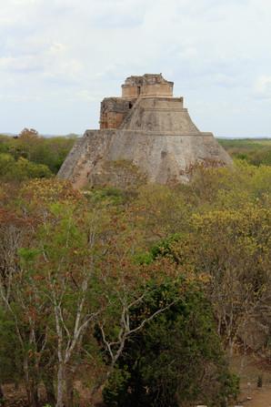 10 - Uxmal - Pyramide du Devin
