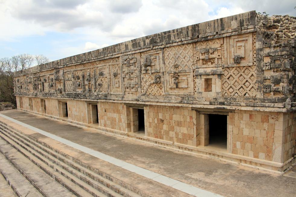 18 - Uxmal - Quadrilatère des Nonnes - Architecture Puuc