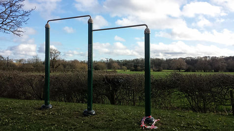 Pullup bars outdoor kit