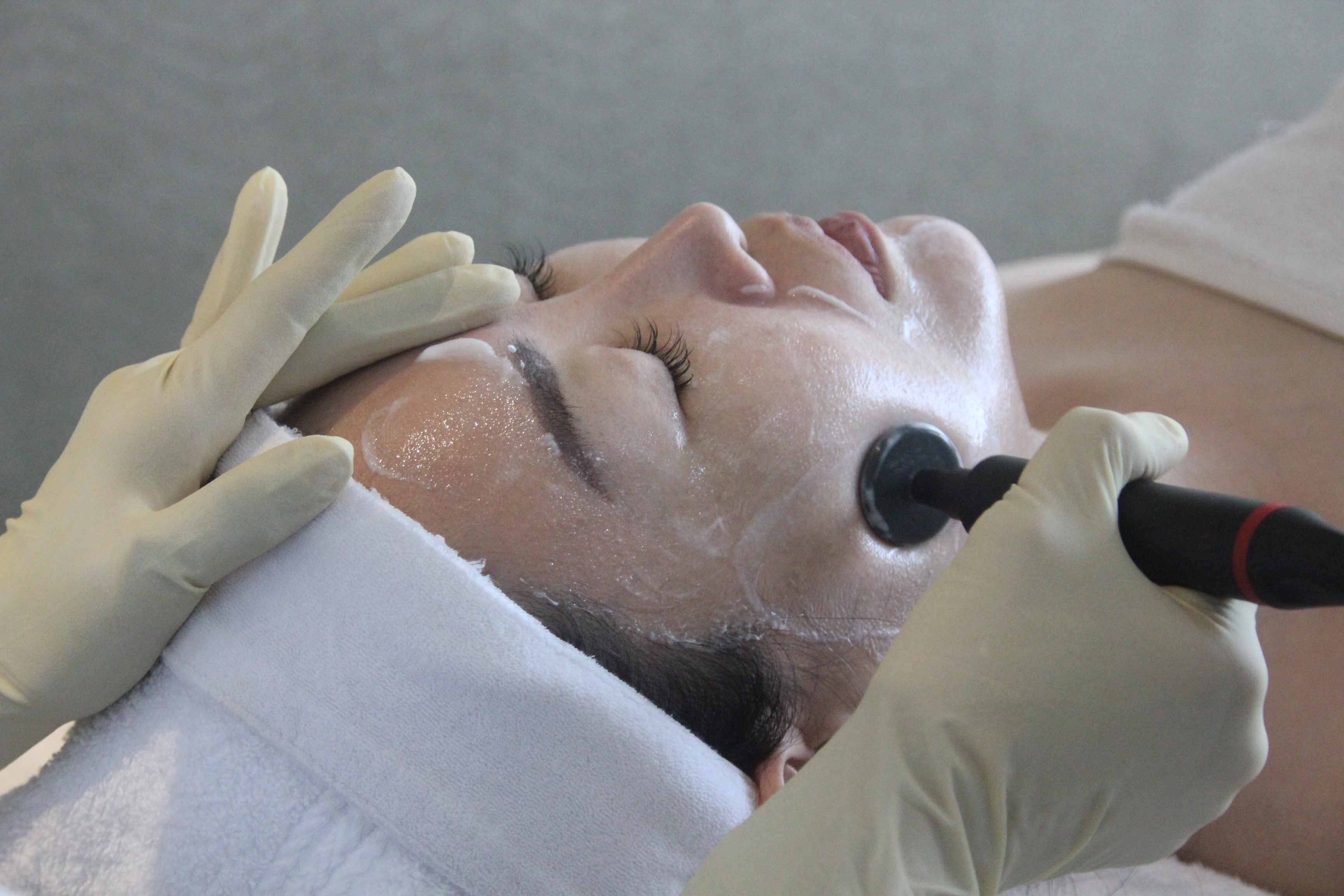 Deep Beauty Facial Rejuvenation