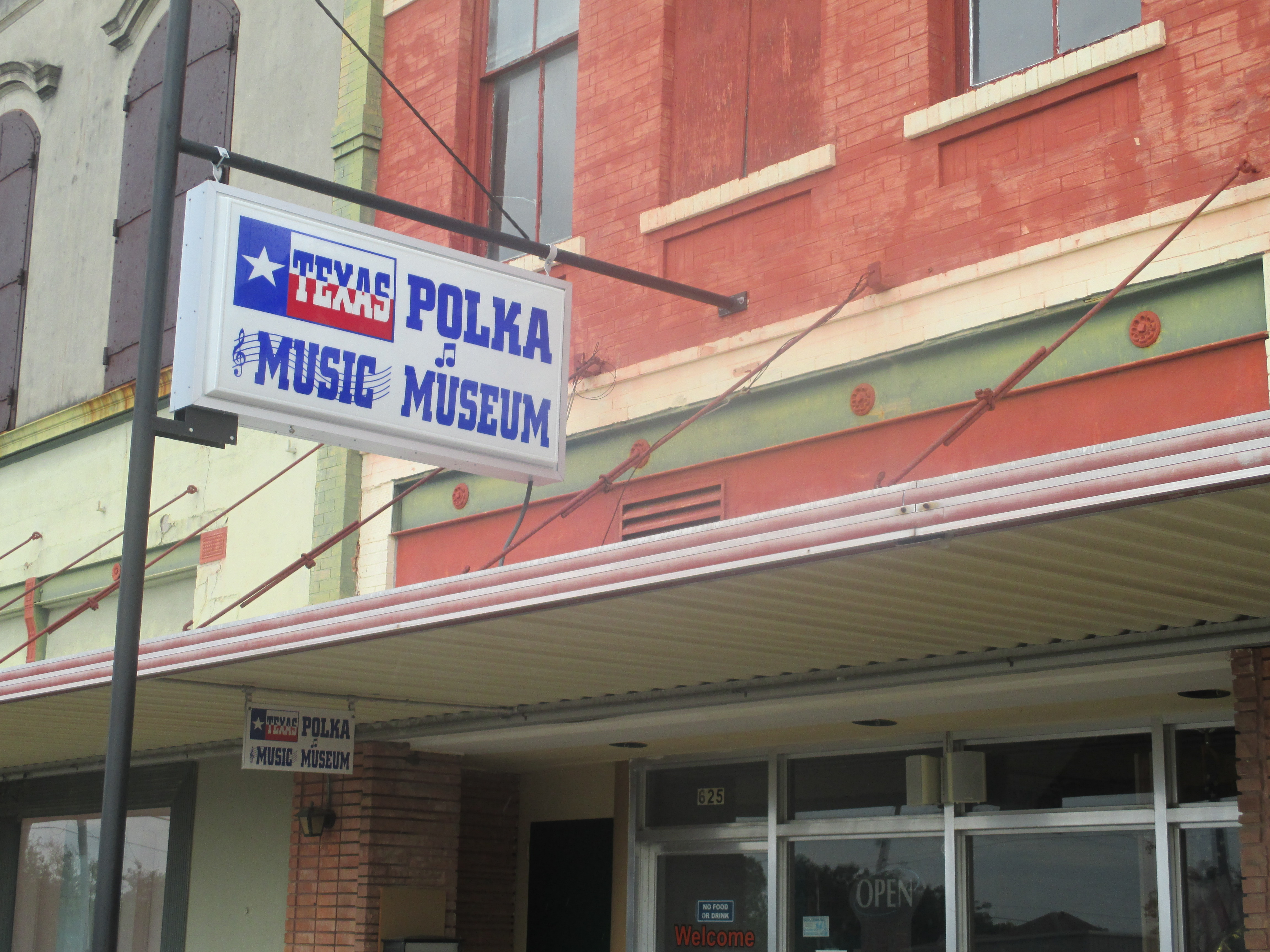 Texas_Polka_Music_Museum,_Schulenburg_IMG_8217