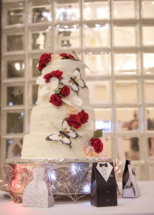 Wedding cake with butterflys