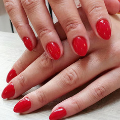Nail salon.jpg