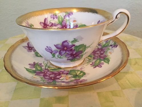 Royal Chelsea Pansy Tea Cup