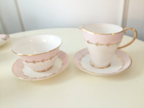 Royal Grafton Pink Classic Sugar & Creamer