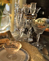Table Glamour Tablescape spring crystal glassware