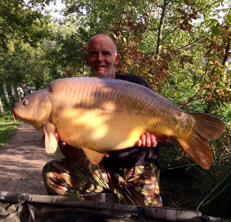 Fishing in France | Carp Fishery at Les Burons | Sept 17