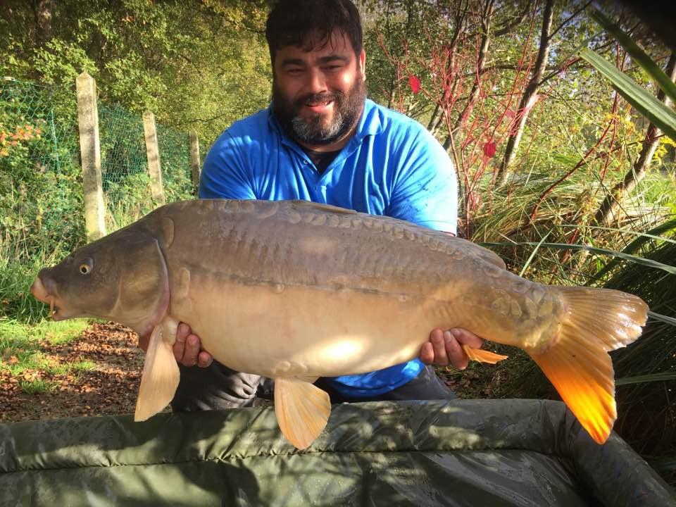 Alan King | 26lb Mirror | Carp Fishing in France October 17