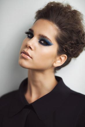 Make up: Anja Skok Photo: Primož Bregar Model: Anja Mi Hair: Matevž Treven