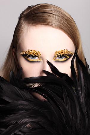Make up: Anja Skok Photo: Dejan Nikolič Model: Teja Coco Sedovšek Hair: Matevž Treven