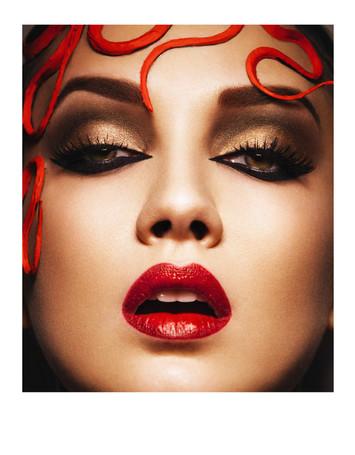 Make up: Anja Skok Photo: Žiga Mihelčič Hair: Žiga Abram Model: Nataša Žagar