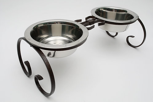 Wrought Iron Diner w/ Stainless Steel Embossed Bowls