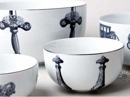 MB Royal Nest - Set of 4 Nested Bowls