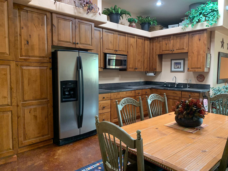 bunkhouse kitchen