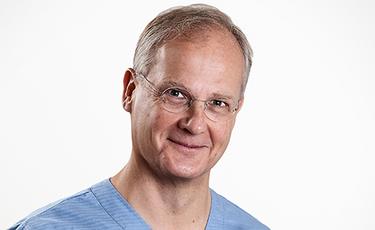 Periodontal Surgeons in Cambridge, Helge Ehnevid, Cambridge Dental Group