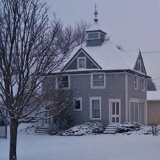 Carriage House at the Ray House