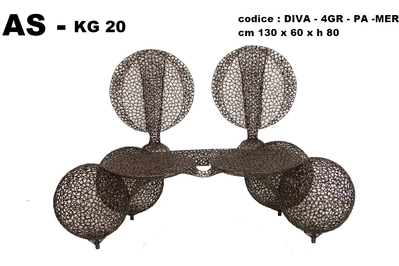 divano 4 grosse palle merletto