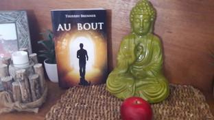 Livre Au Bout et Bouddha.jpg