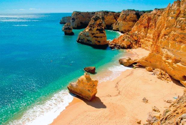 Marinha Beach