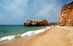 Praia da Rocha holidays