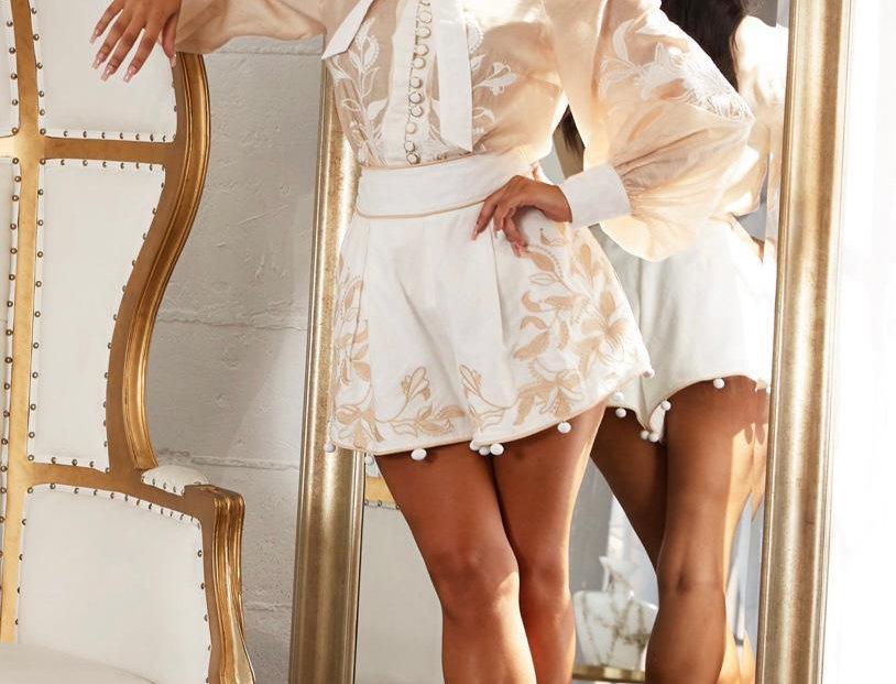 Cream White Set