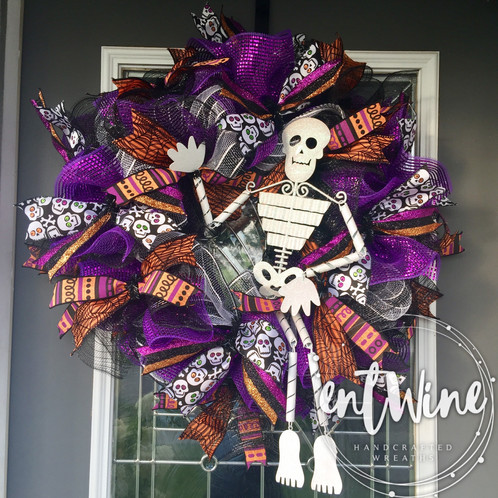 Skeleton Deco Mesh Halloween Wreath