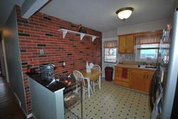 Eat-in-kitchen