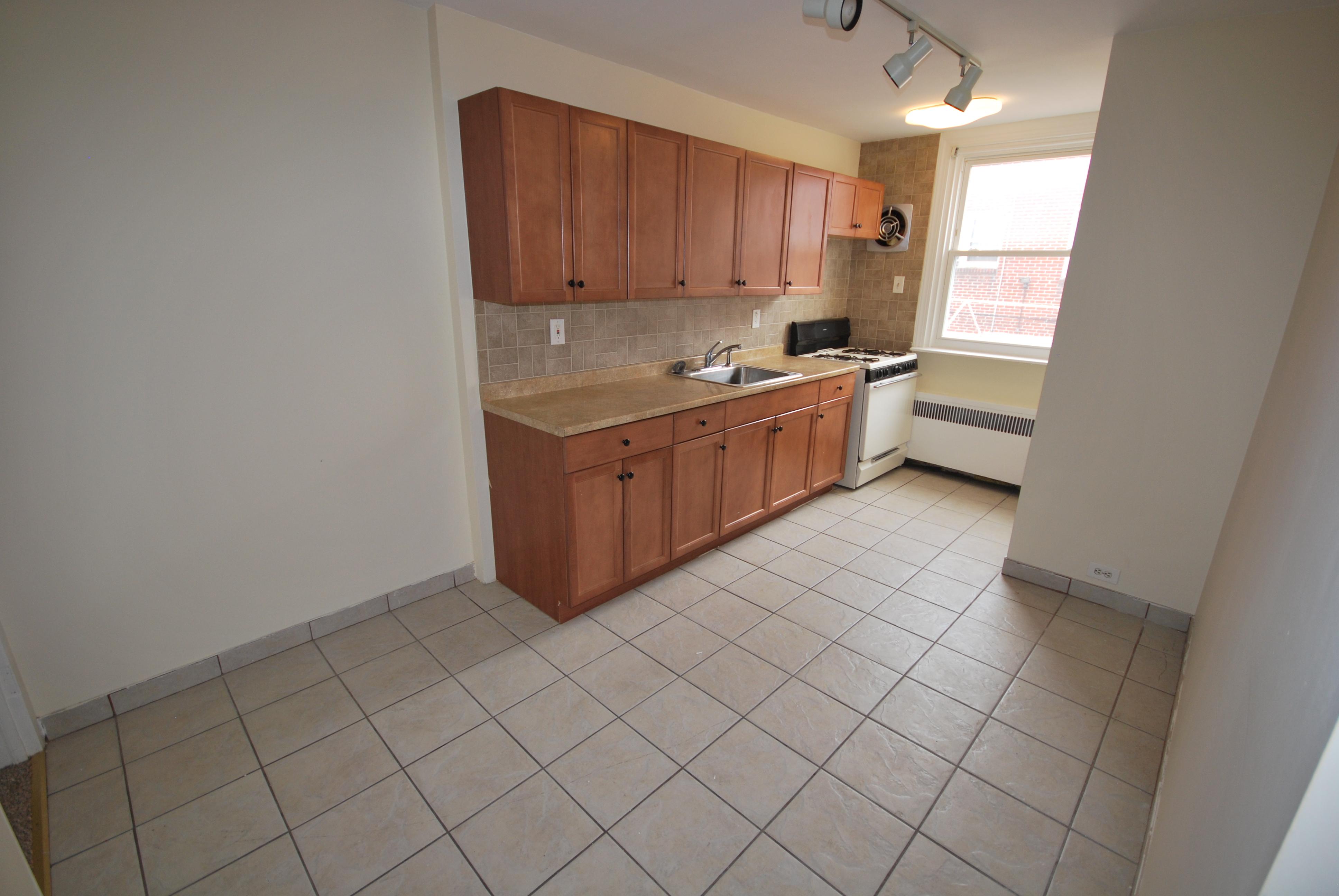 1st Floor Kitchen1