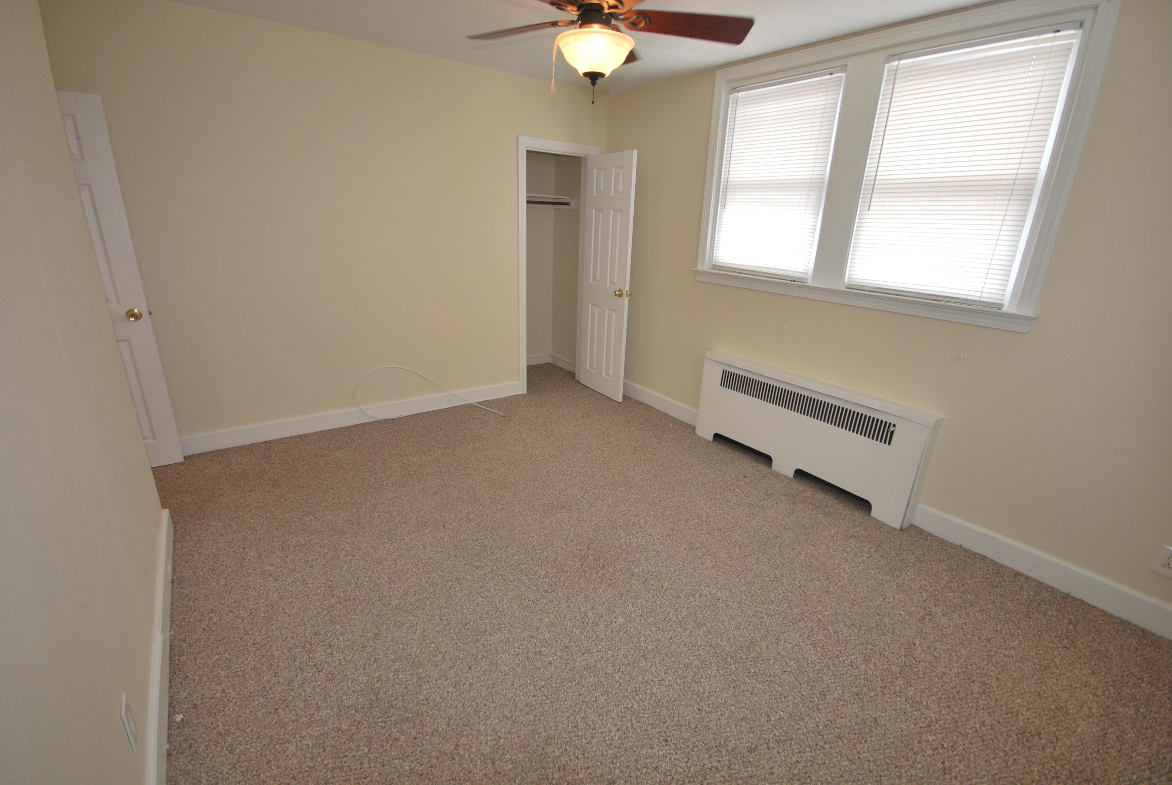 1st floor bedroom2