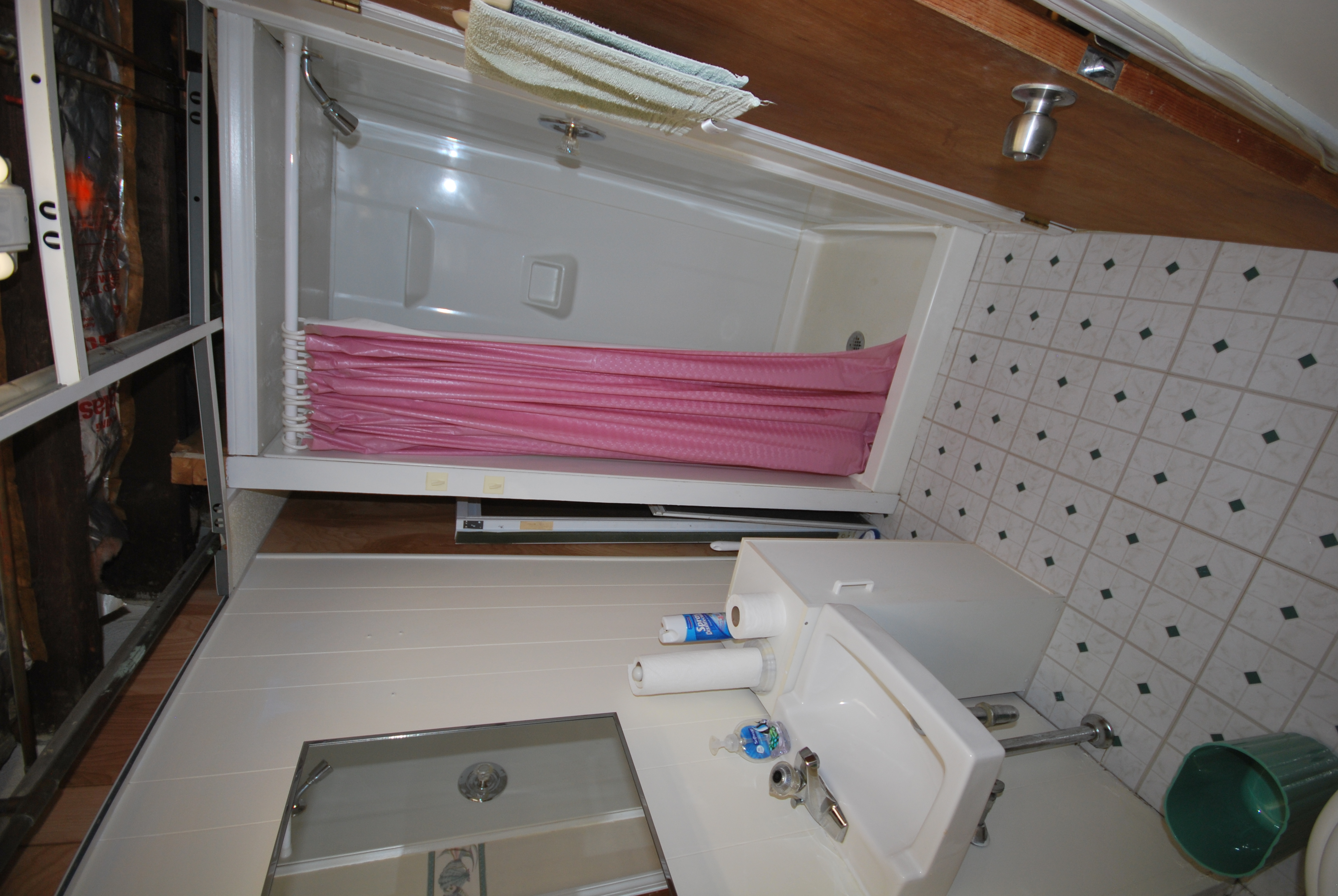 _bath basement