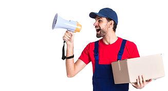 trabajador-duro-mensajero-hombre-gritand