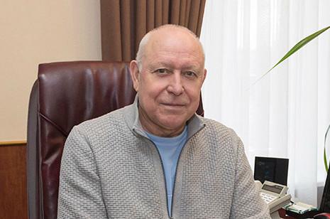Геннадий Баскаков отрадициях и качестве мебельного производства