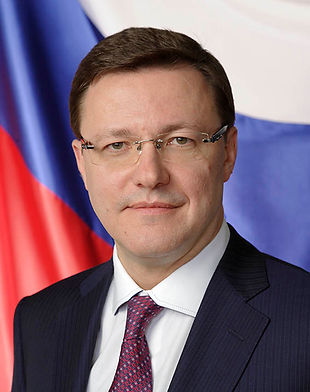 Азаров Sm.jpg