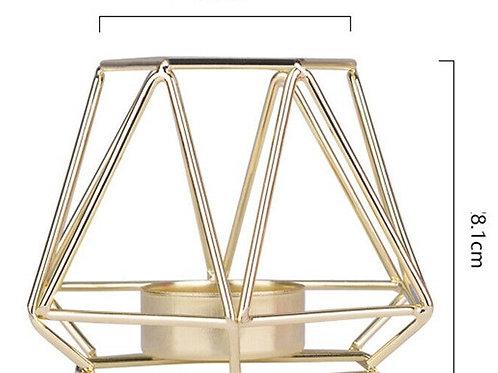 Geometrikus mécsestartó arany színű