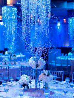 frozen esküvő asztal.jpg