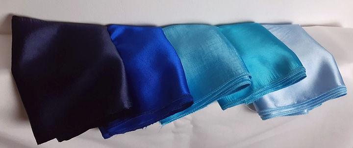 kék masni színek