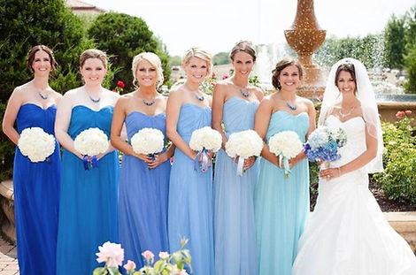 kék menyasszonyi ruha